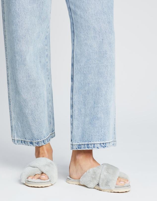 Women Cloud Slippers