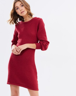 Atmos & Here – Buffy Knitted Crew Neck Dress – Dresses (Berry)