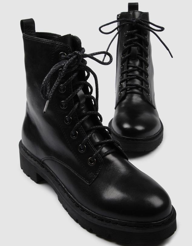 Women Ziggy Flat Ankle Boots