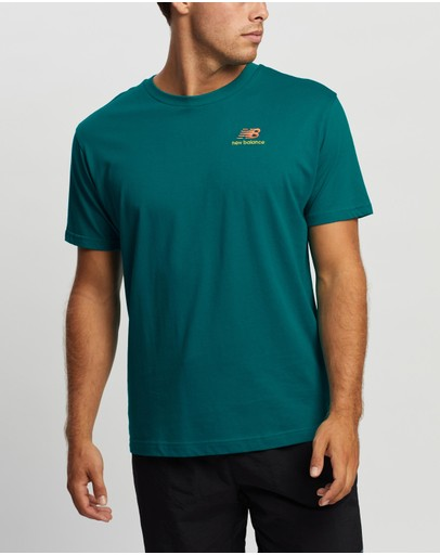 New Balance - Essentials Graphic Tee