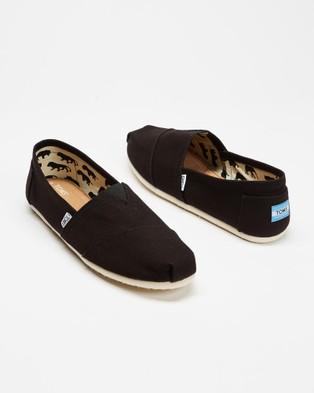 TOMS - Canvas Classics   Men's - Casual Shoes (Black ) Canvas Classics - Men's