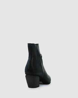 Eos - Attica Boots (Black)