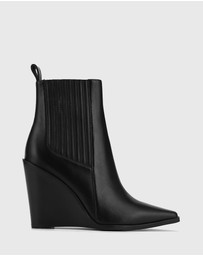 Wittner - Hadriana Leather Wedge Heel Ankle Boots