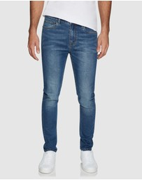Yd. - Bennington Slim Tapered Jeans
