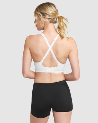 Triumph Triaction Seamfree Top - Crop Tops (White)