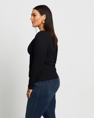 Atmos&Here Curvy - Matilda Ruched Top Cropped tops (Black)