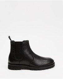 Locale - Craft Leather Chelsea Boots