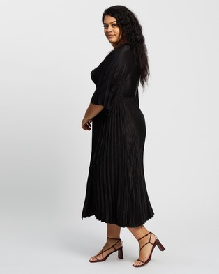 Atmos&Here Curvy Tia Midi Dress - Dresses (Black)