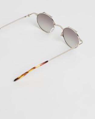 Amber Sceats Joey Glasses - Sunglasses (Silver)