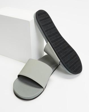 Indosole ESSENTLS Slides   Men's - Casual Shoes (Granite)