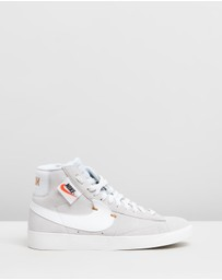 Blazer Mid Rebel - Women's