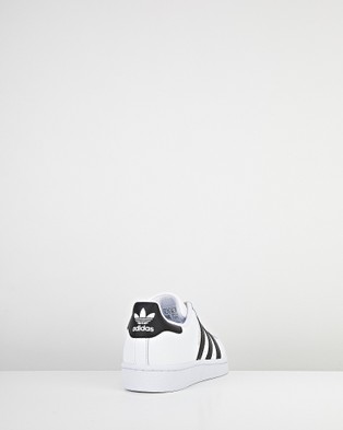 adidas Originals - Superstar Foundation Grade School Lifestyle Shoes (White/Black)