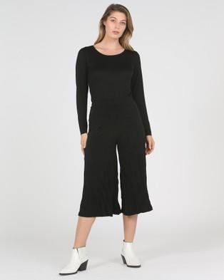 Faye Black Label Wide Leg Crinkle Pants - Pants (Black)
