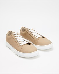 Staple Superior - Taupe Sneakers