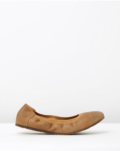 Walnut Melbourne Ava Leather Ballet Flats Tan
