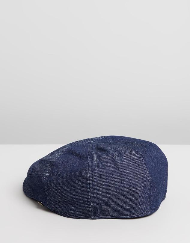 Women The Twist Hat