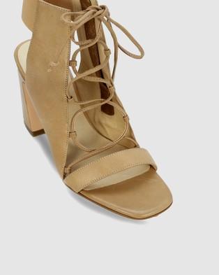Kennedy Abort - Sandals (Neutral)