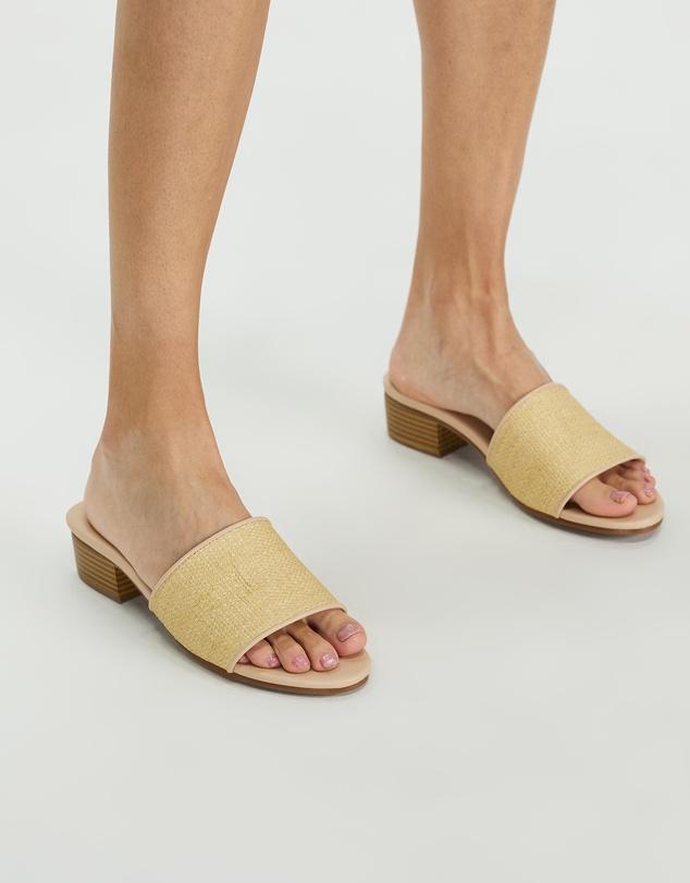 Women Iarian Heels
