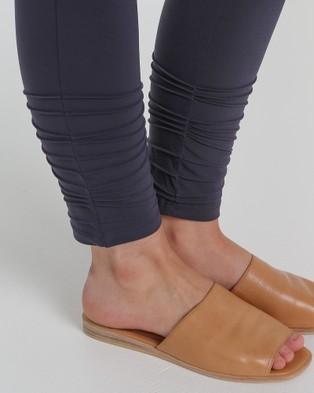 Faye Black Label Slim Leg 7 8th Pants - Pants (Storm)