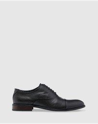 Oxford - Pierce Leather Oxford Shoe