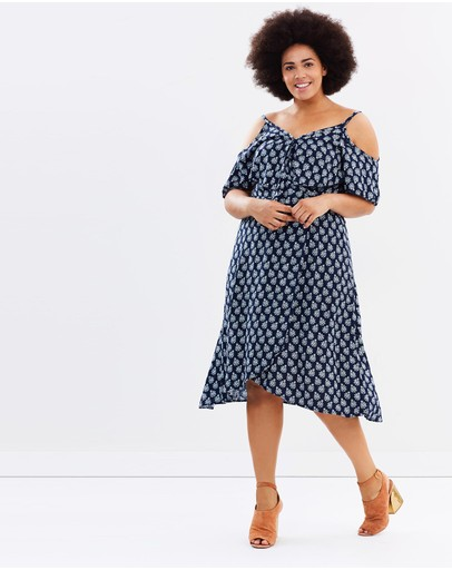 Atmos&Here Curvy - Sable Wrap Dress