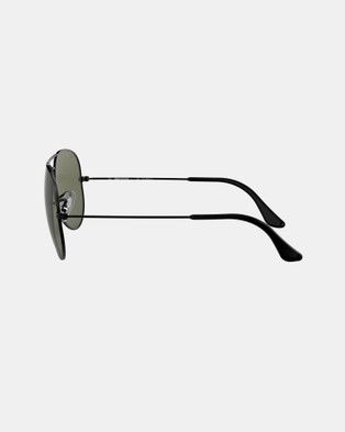 Ray-Ban - Aviator Classic RB3025 Sunglasses (Polarised Solid Colour Green)