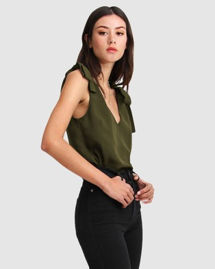 Belle & Bloom - Feel For You V Neck Top Tops (Green) V-Neck