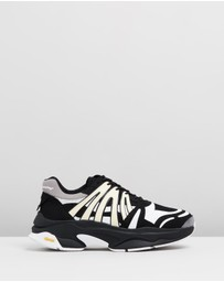 White Mountaineering - Vibram Sole Contrasted Sneakers