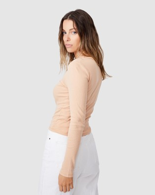 Cotton On - The Turn Back Long Sleeve Top - T-Shirts & Singlets (Summer Sand) The Turn Back Long Sleeve Top