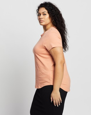 Cotton On Curve - The One Crew Tee - T-Shirts & Singlets (Honey Pink) The One Crew Tee