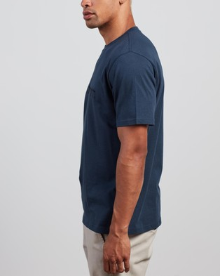 Carhartt - SS Script T Shirt T-Shirts & Singlets (Admiral Black) T-Shirt