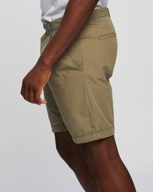 AERE Poplin Pleat Shorts - Chino Shorts (Khaki)