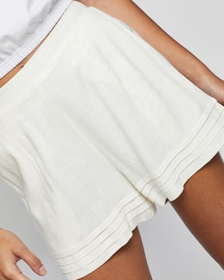 Atmos&Here Sarah Linen Blend Shorts - High-Waisted (White)