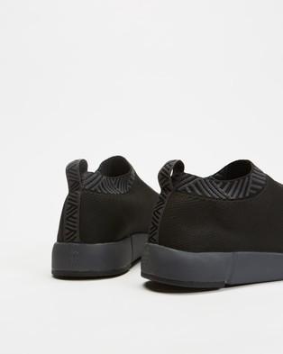 Rens Stealth - Slip-On Sneakers (Stealth Black)