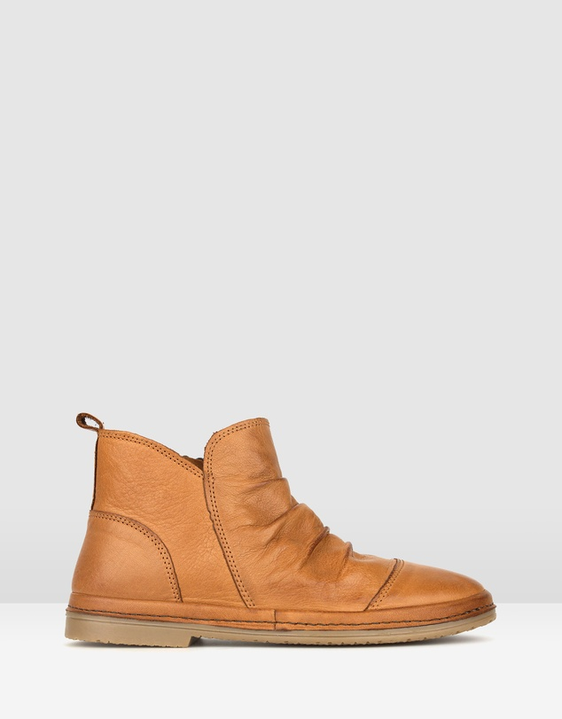 40d86cd370e Logan Leather Ankle Boots
