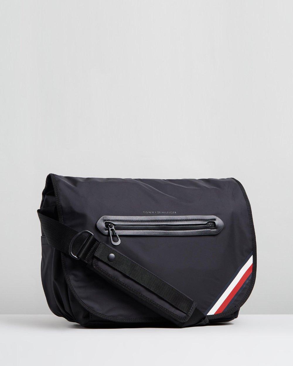 5b9427f3fd Easy Messenger Bag by Tommy Hilfiger Online