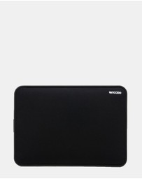 Incase - ICON Sleeve with Tensaerlite for MacBook Pro 13