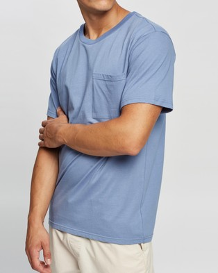 AERE Relaxed Organic Cotton Pocket Tee - T-Shirts & Singlets (Blue)
