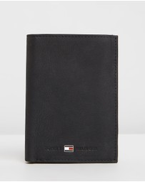 Tommy Hilfiger - Johnson Nubuck Suede Wallet with Coin Pocket