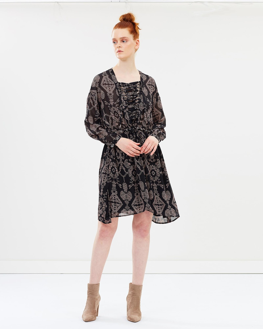 Maison Scotch Lace Up Eyelet Dress Printed Dresses Black Lace-Up Eyelet Dress