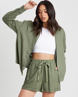 Calli Linen Blend Shorts - High-Waisted (Khaki)