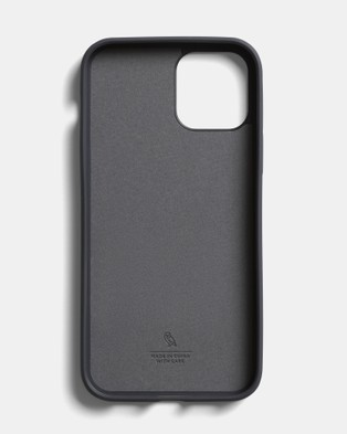 Bellroy Phone Case   0 card iPhone 12   iPhone 12 Pro - Tech Accessories (yellow)