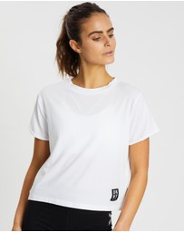 DKNY - Track Logo Roll Sleeve Cropped Tee