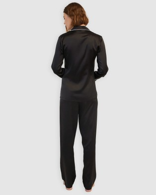 GINIA Silk Pyjamas With Contrast Piping - All gift sets (Black with Creme Piping)