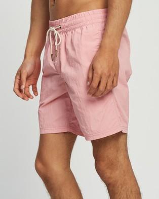 Wayver Beach Shorts - Shorts (Light Pink)