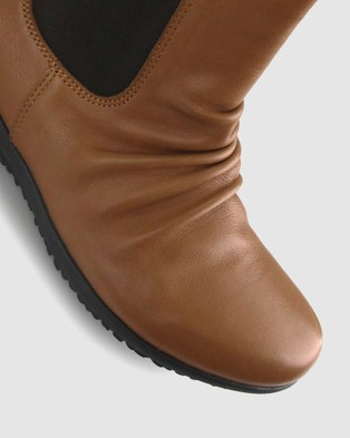 Airflex Cat Leather Rouche Boots - Boots (Dark Tan)