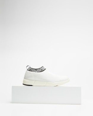 Rens Classic - Slip-On Sneakers (Classic White)