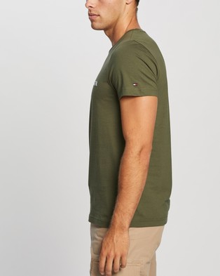 Tommy Hilfiger Tommy Logo Tee - Clothing (Utility Olive)