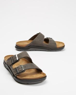 Birkenstock - Arizona Regular Men's Casual Shoes (Oiled Iron)