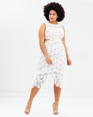 Atmos & Here Curvy – Marcella Lace Cut Out Dress White